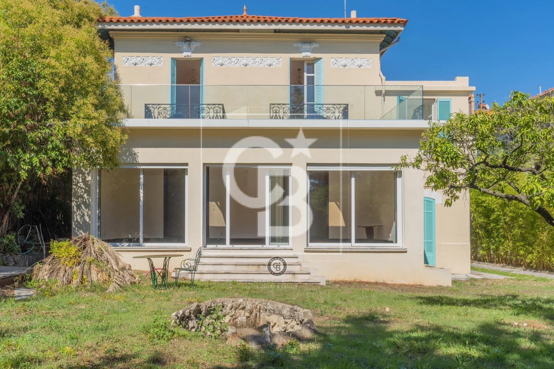 Cannes - Le Cannet -  Bourgeoise style house