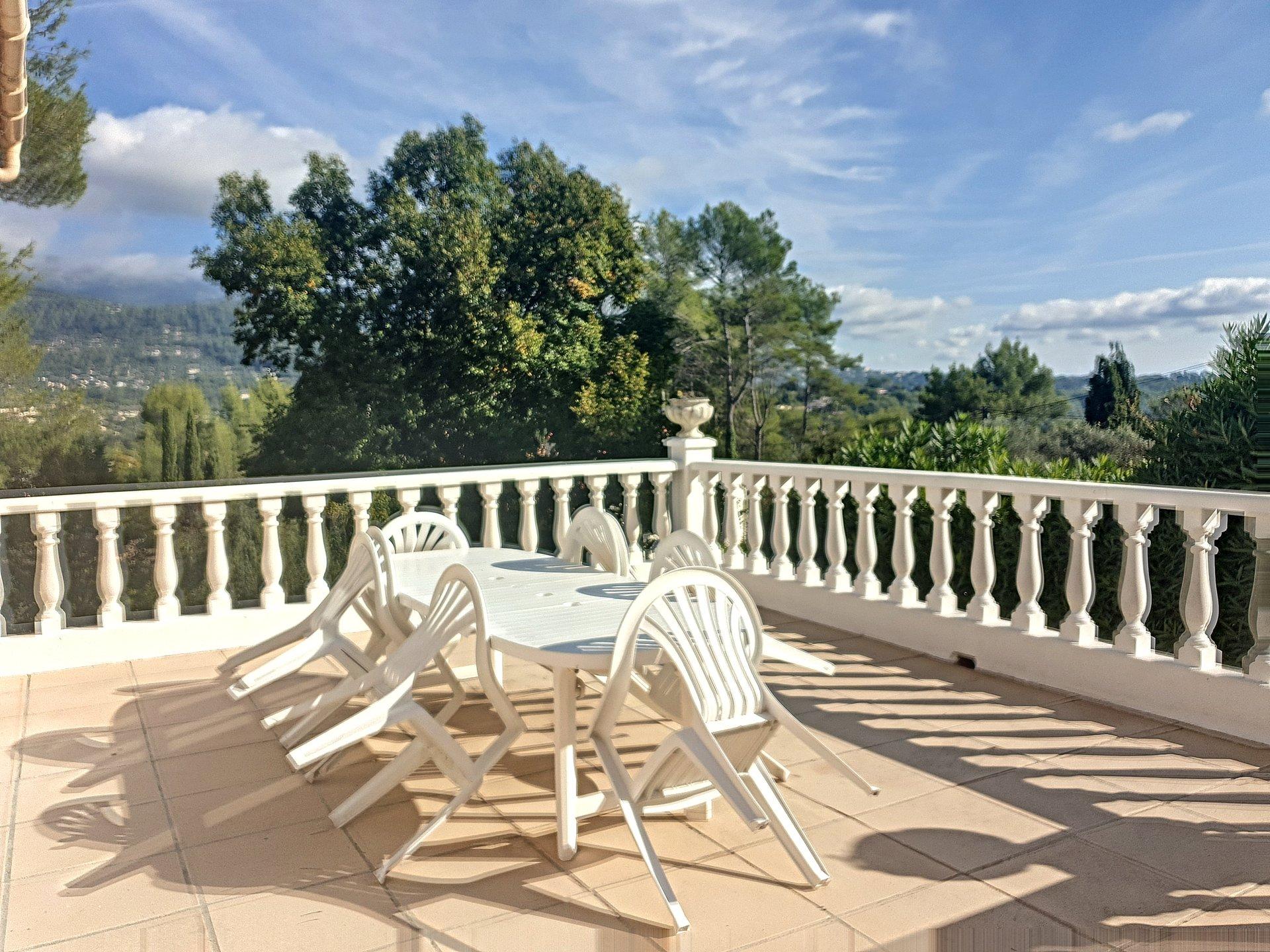 Vente villa 185m2, vue collines, au calme, Peymeinade
