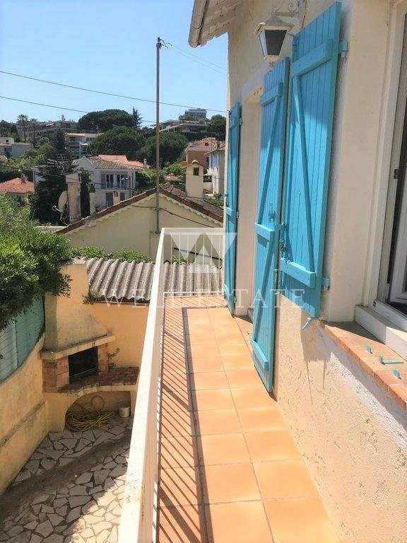 House in Cannes for sale