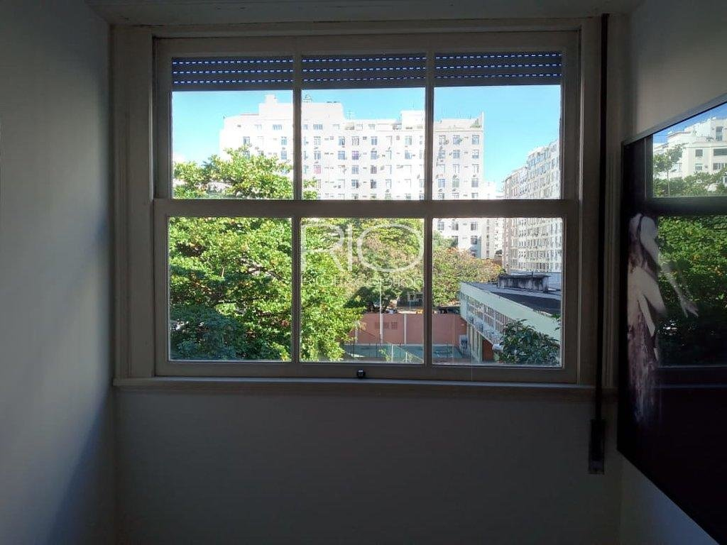 Copacabana poste 5 - Bel appartement contemporain.
