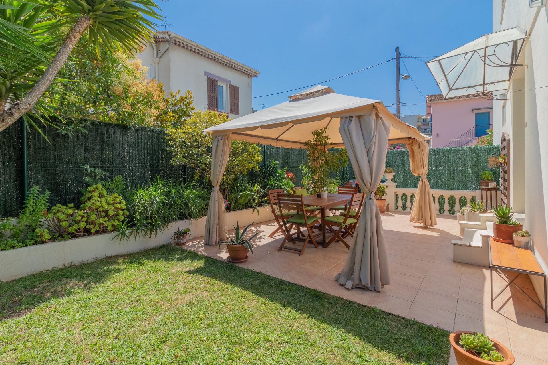 4-Room duplex appartement - Patio, Garden - Nice Sainte Marguerite