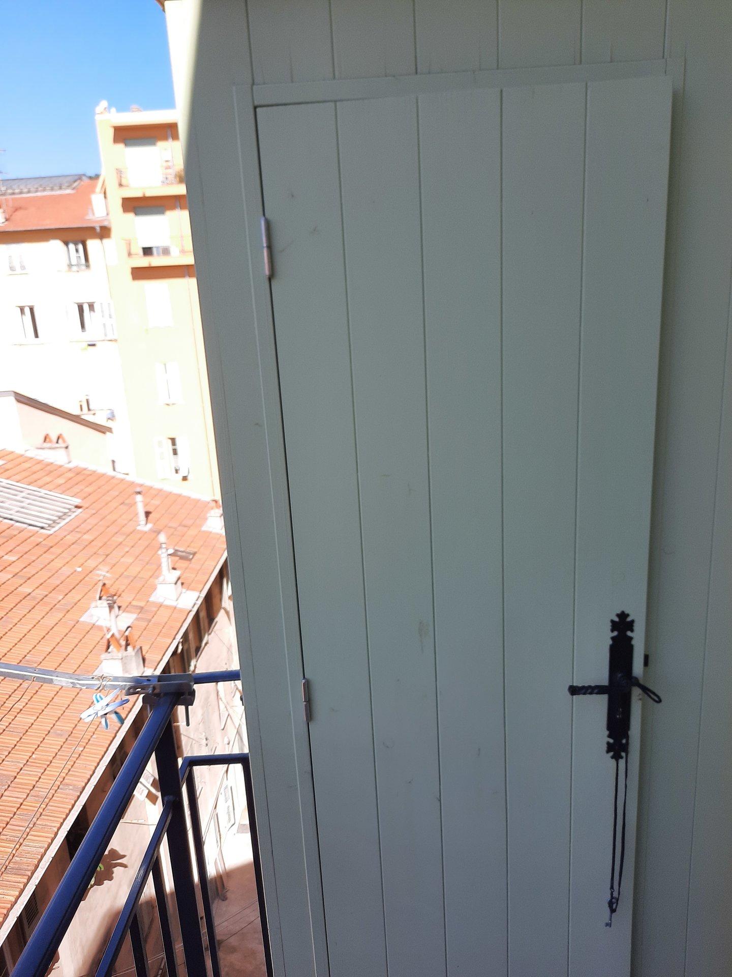 Nice Le Port Appartement 3/5 pièces à rénover