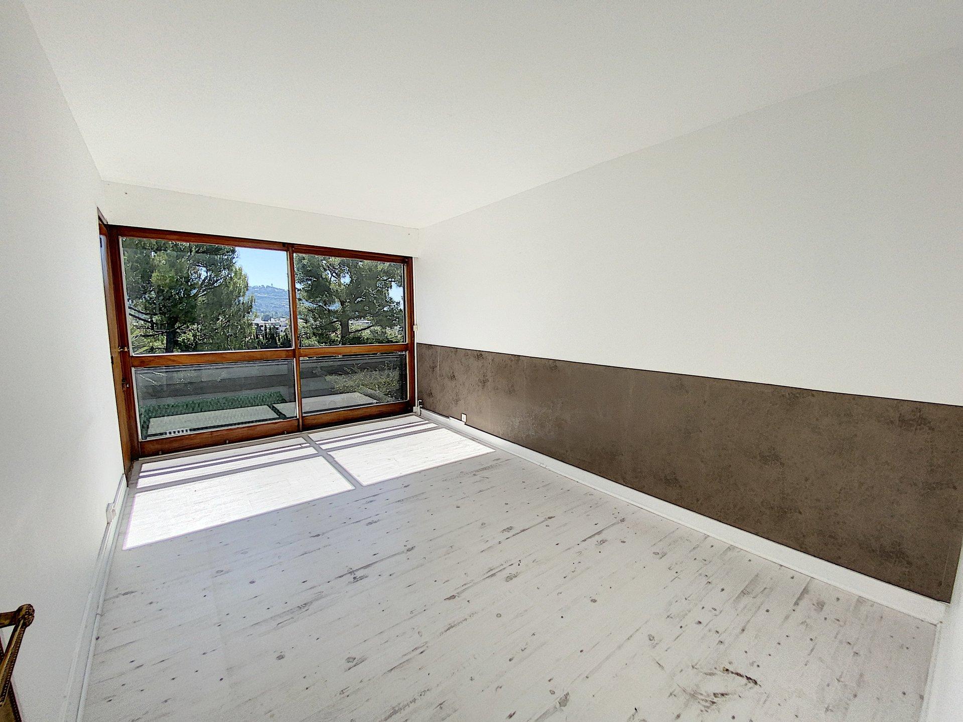 Le CANNET Quartier Europe 4 P 102 m² terrasse