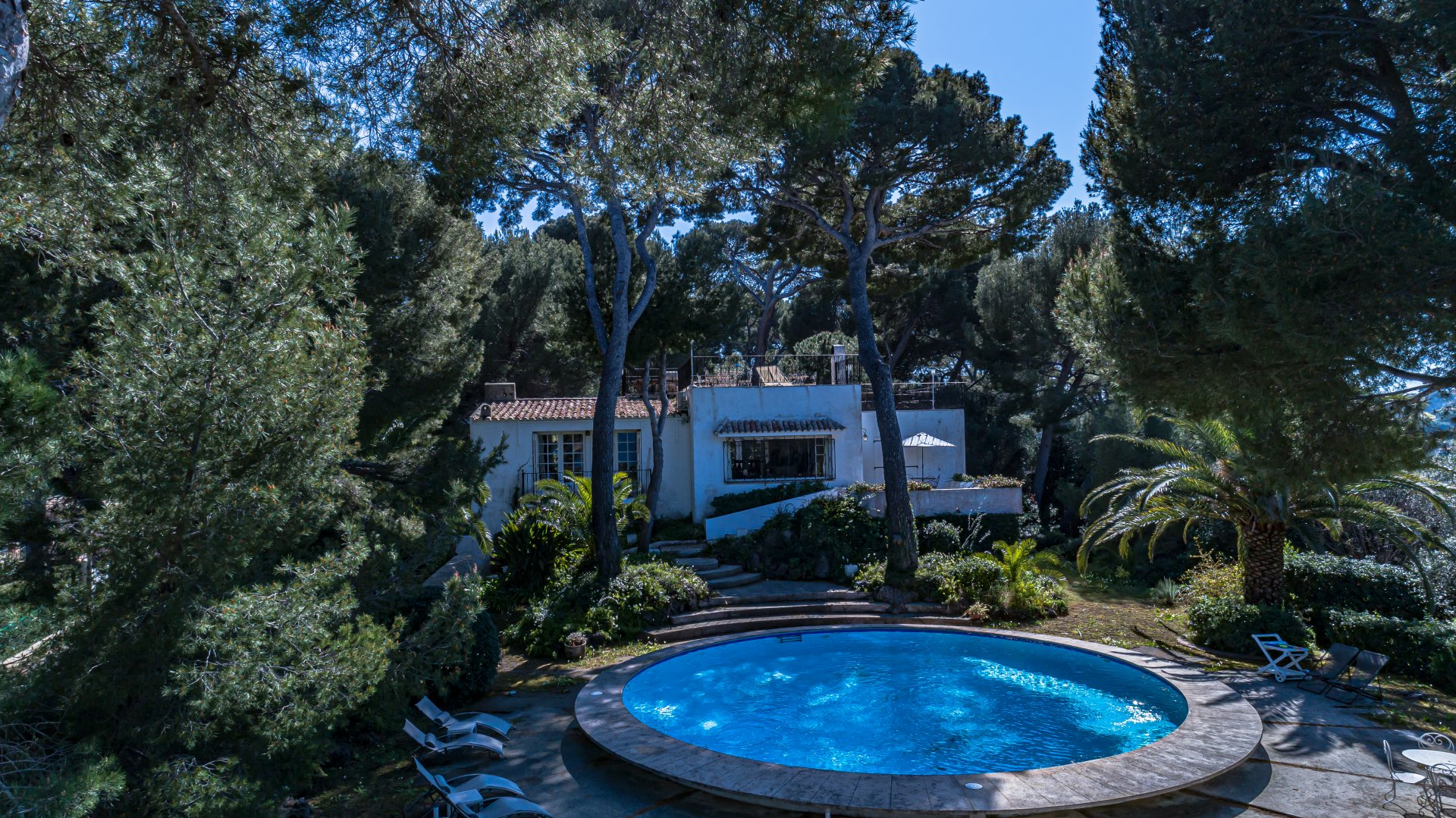 Cap d'Antibes, villa 319sqm sea view with pool