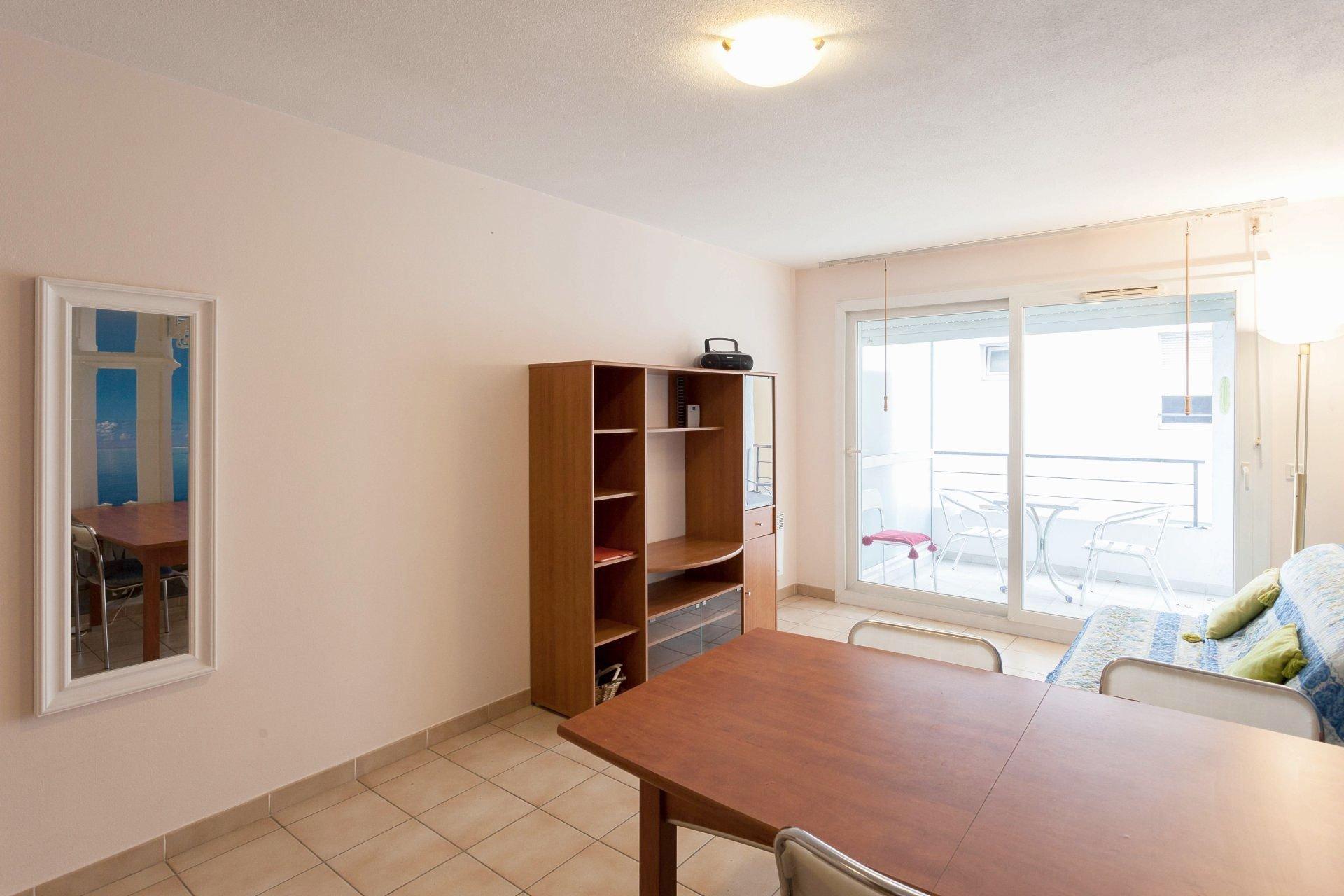 Appartement 2 pieces, coeur de Nice, bd Carabacel