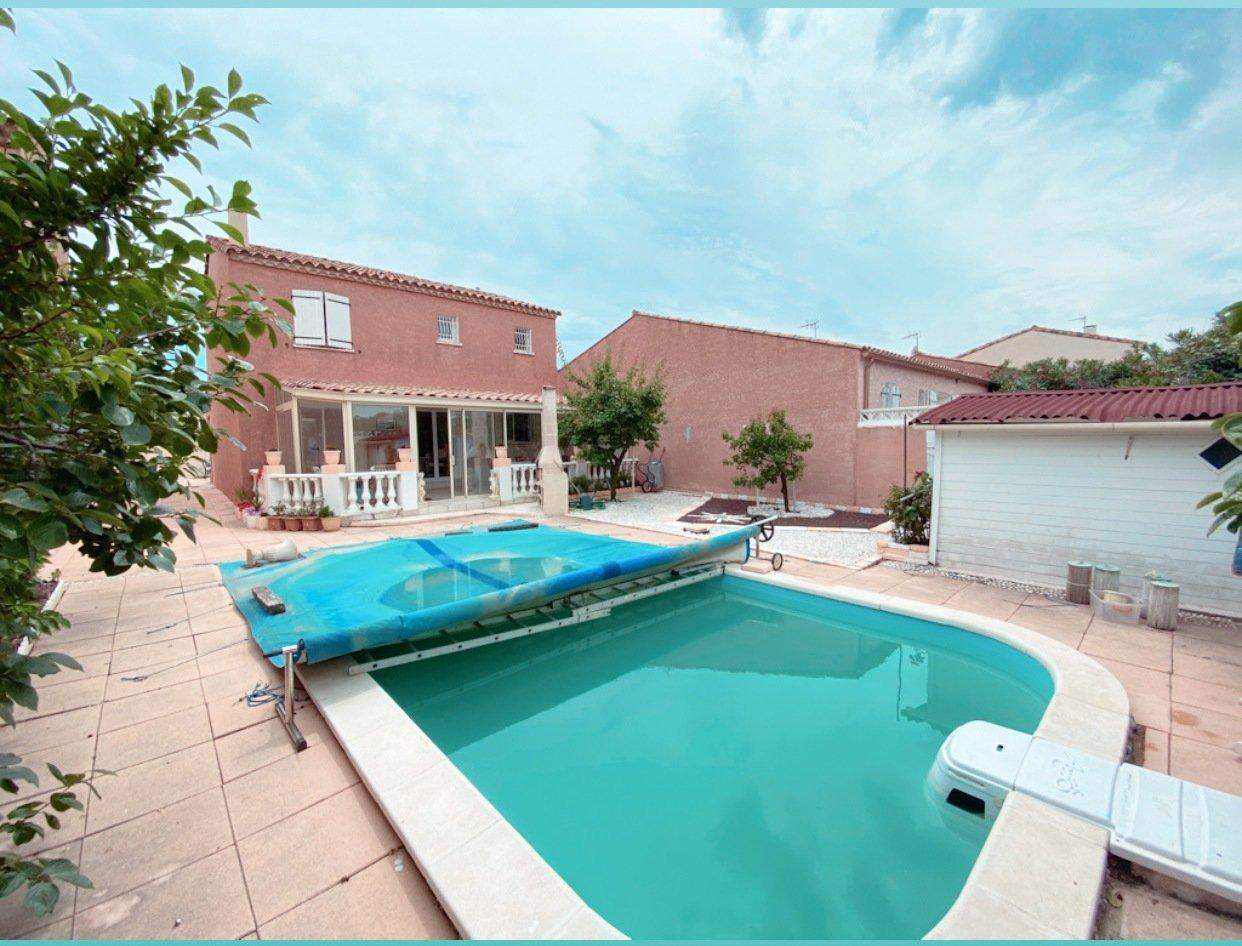 Gruissan quartier recherché Villa T5 garage et piscine