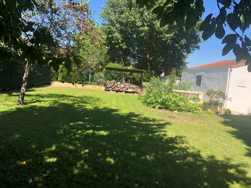 Terrain 380 m² Roques