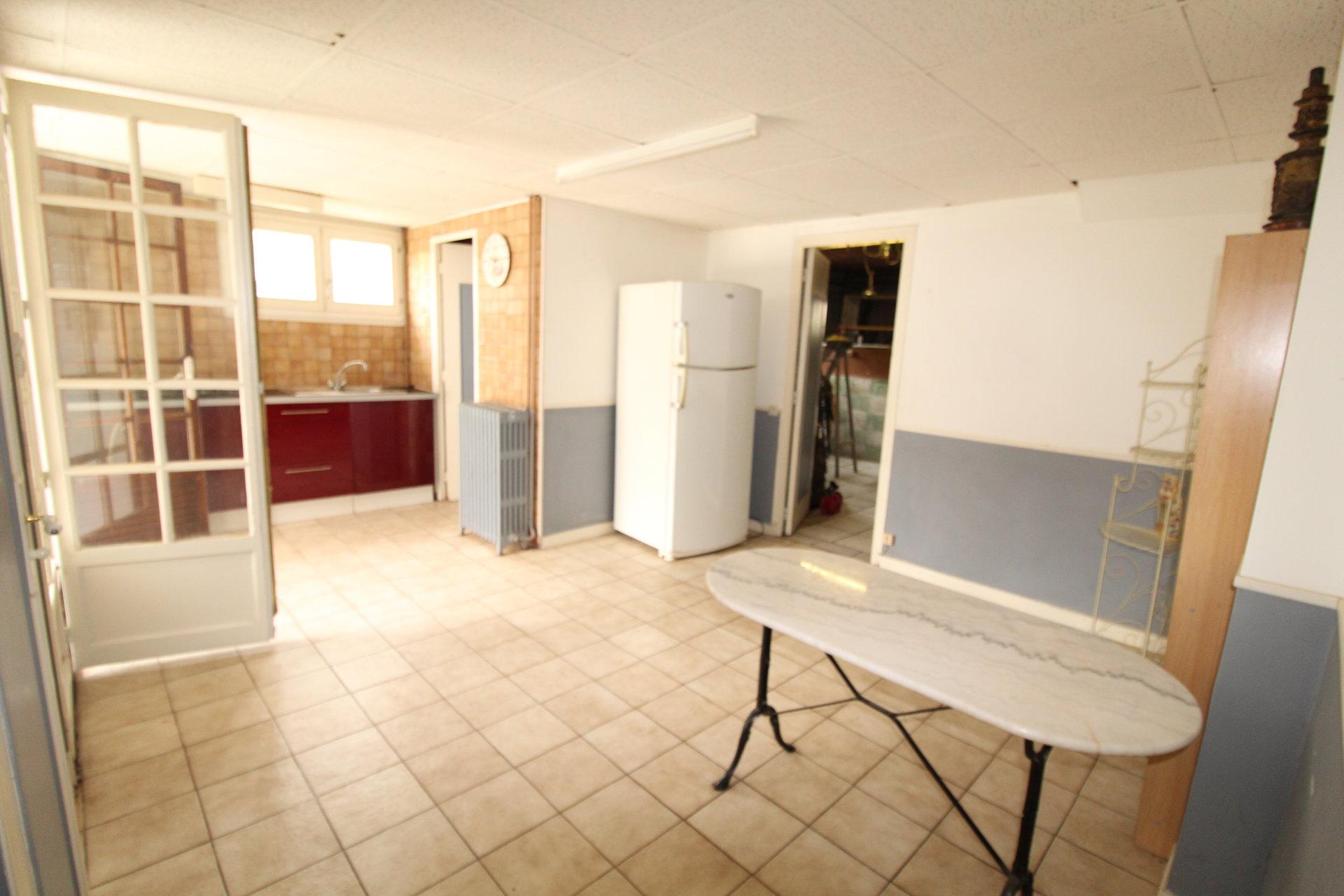 Andrézieux-Bouthéon. Maison 6 pièces 172,64m2 et terrain de 1008m2