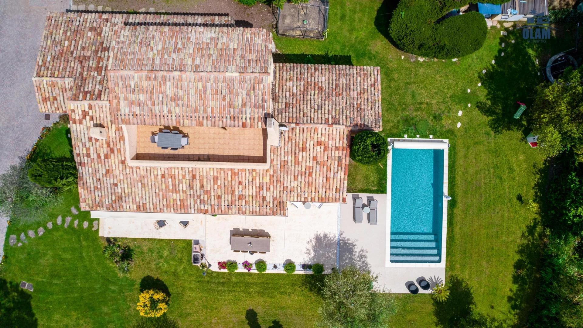 Superbe Villa 150 m2 Jardin arboré 1500 m2 calme absolu
