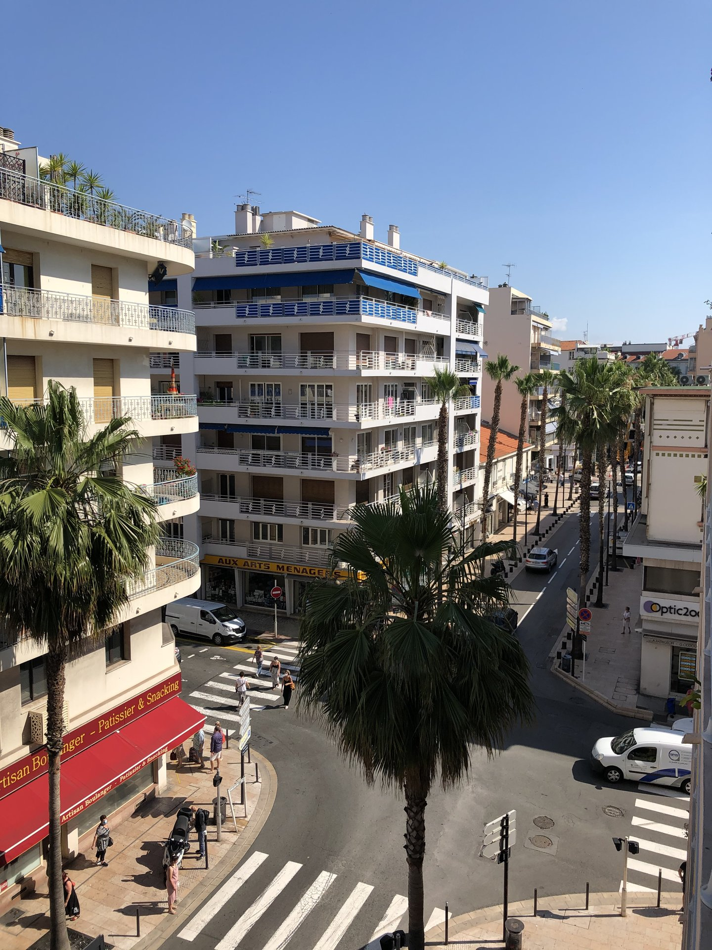 3 bedroom apartment for sale, Antibes, full center