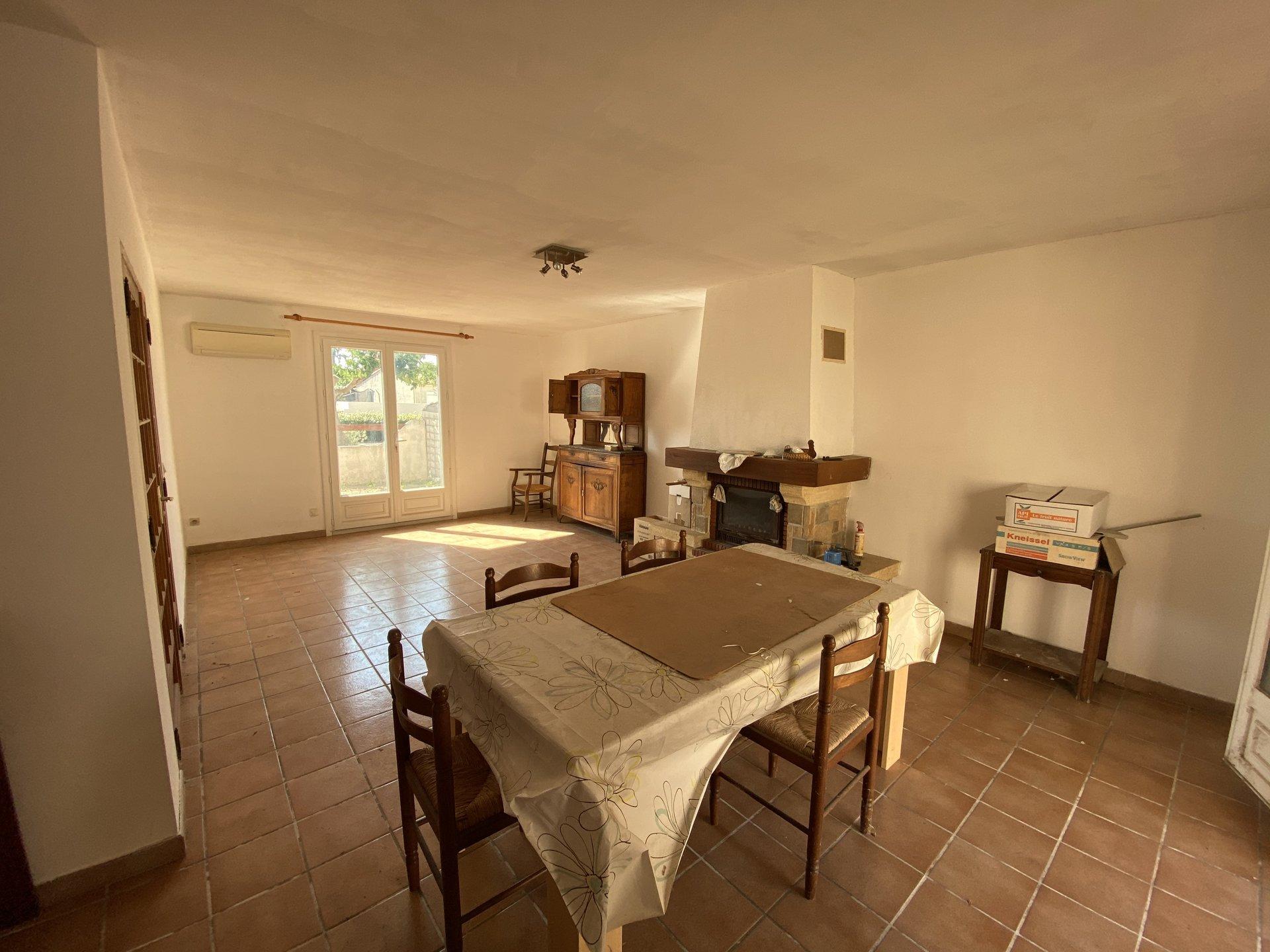 Gruissan exclusivité Villa T4 proximité village avec garage