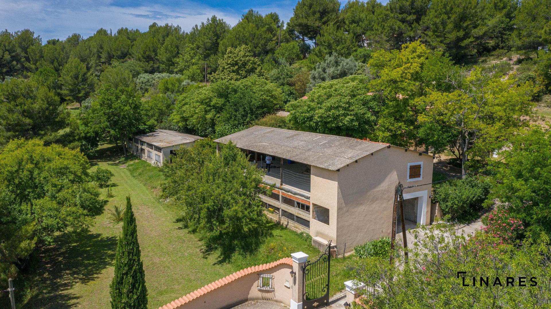 THE RANCH - Propriété de 16600m2 avec villa de 150m2