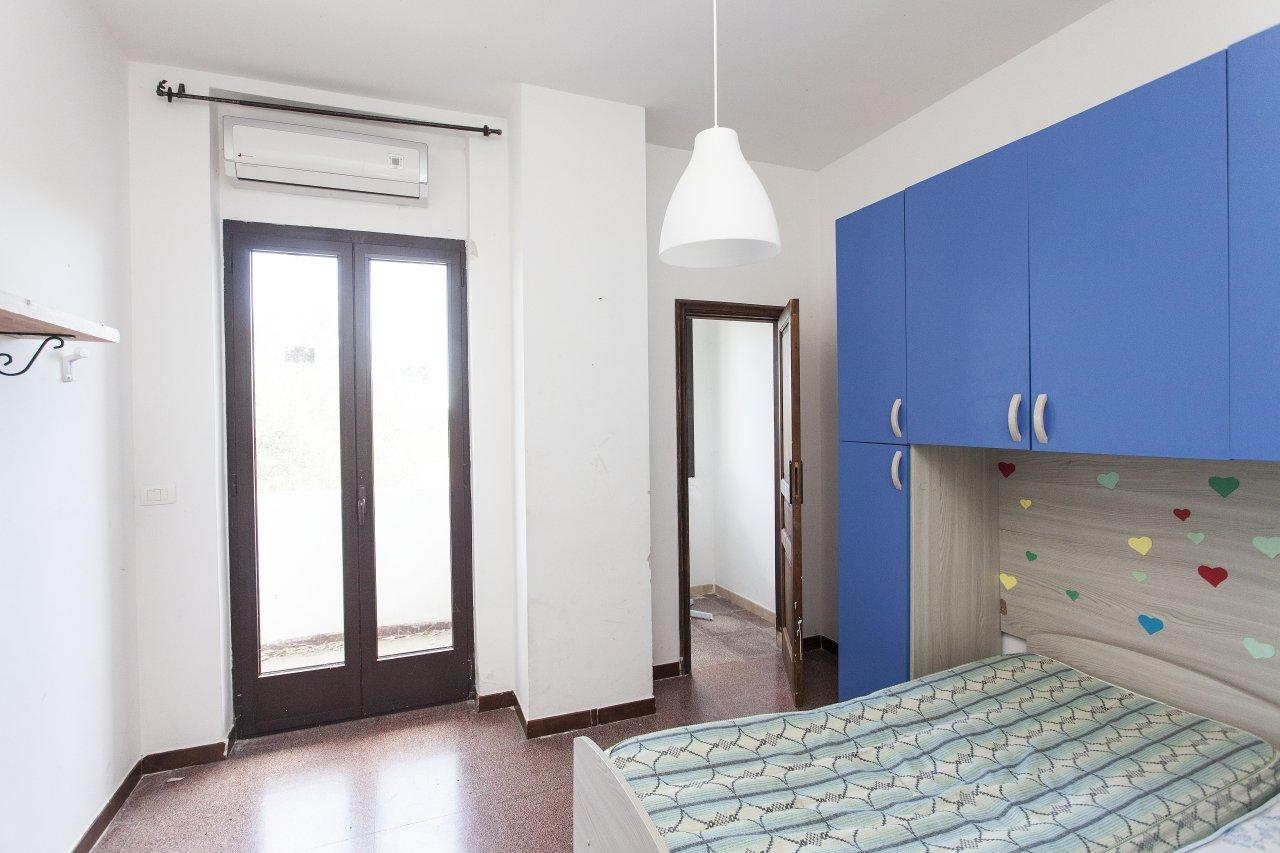 2 storey villa, 7+ bedrooms, garden and playground