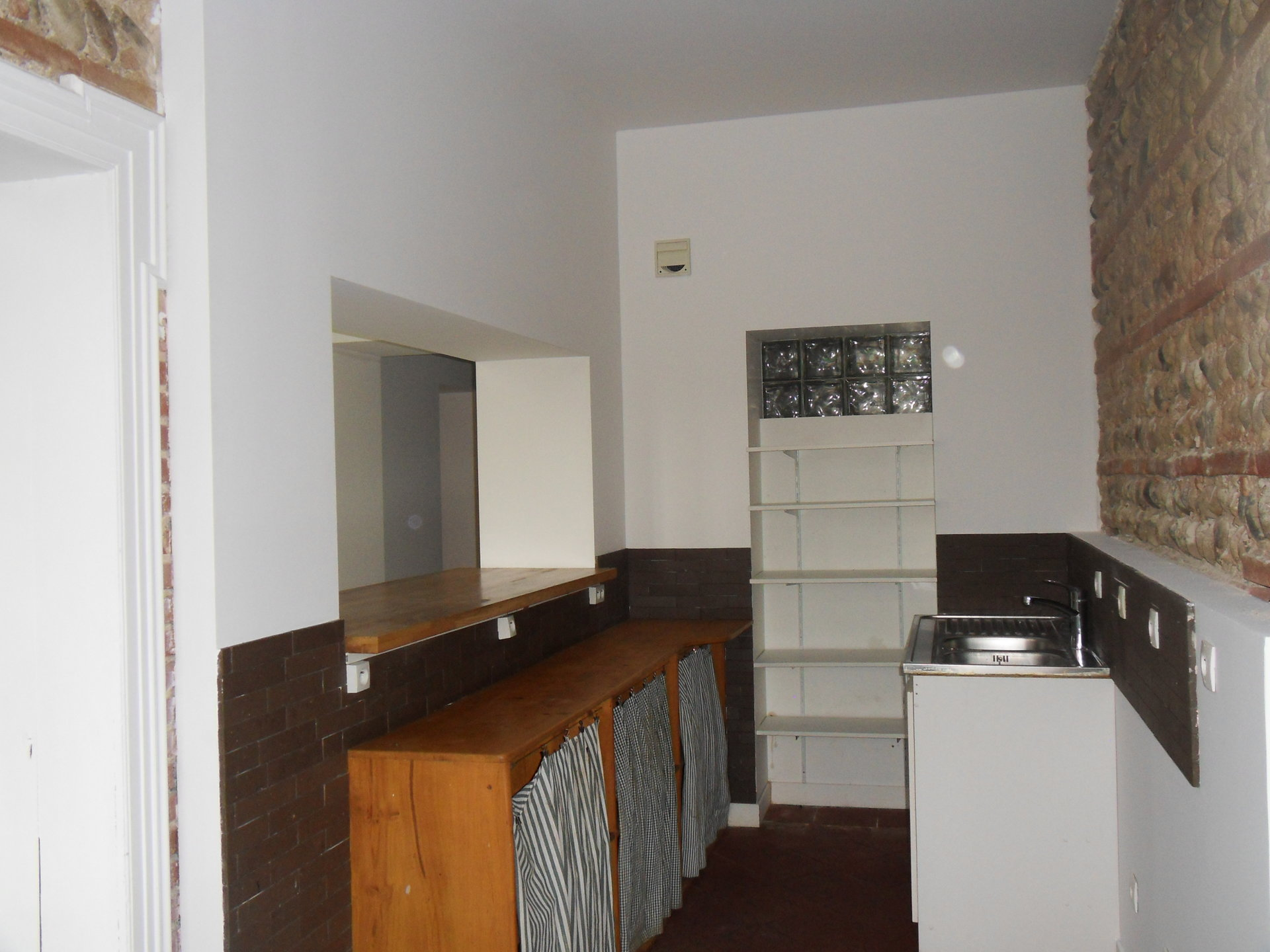 Sale Apartment - Pins-Justaret