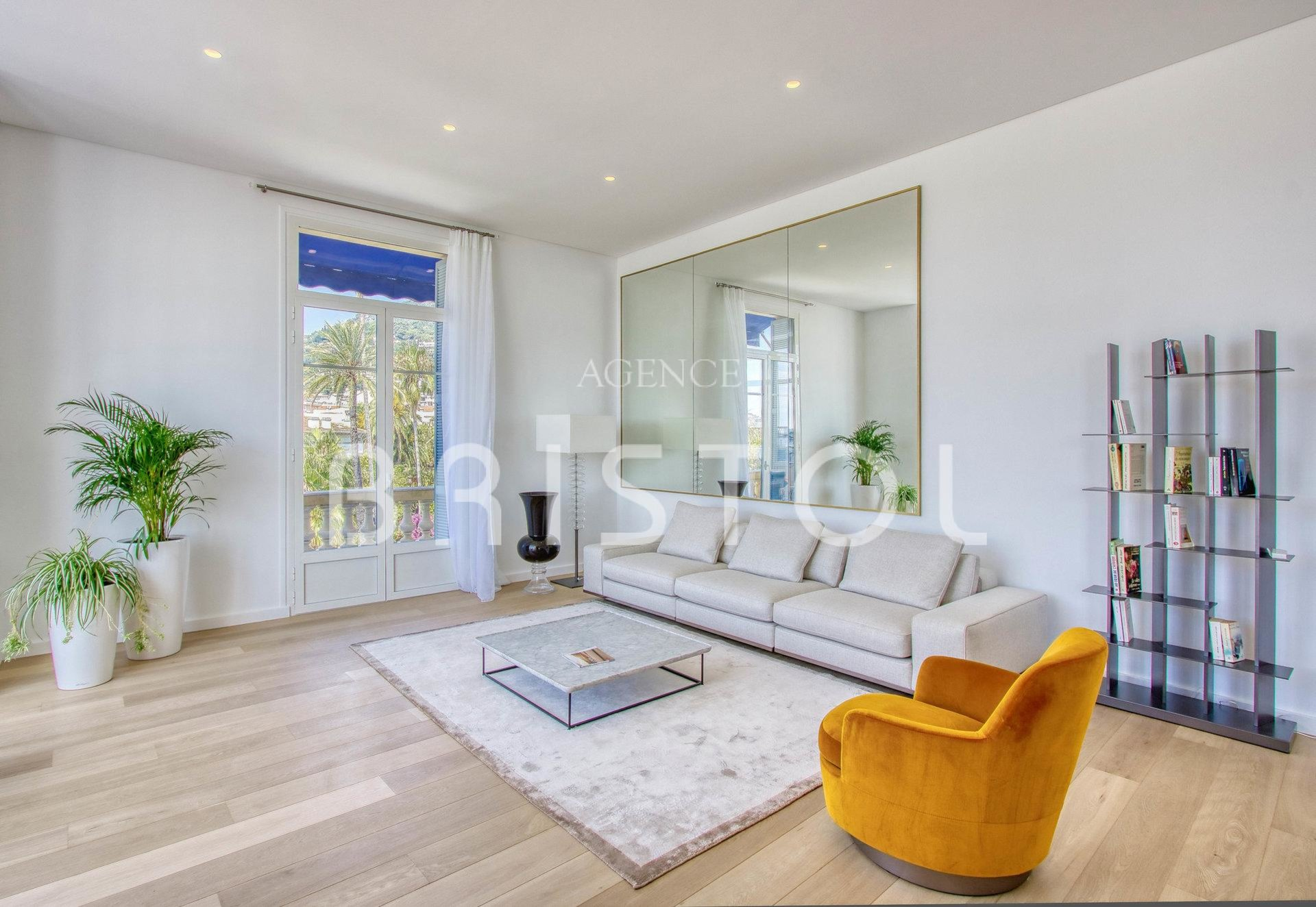 Luxury apartment for sale Bristol Residence  -sea view