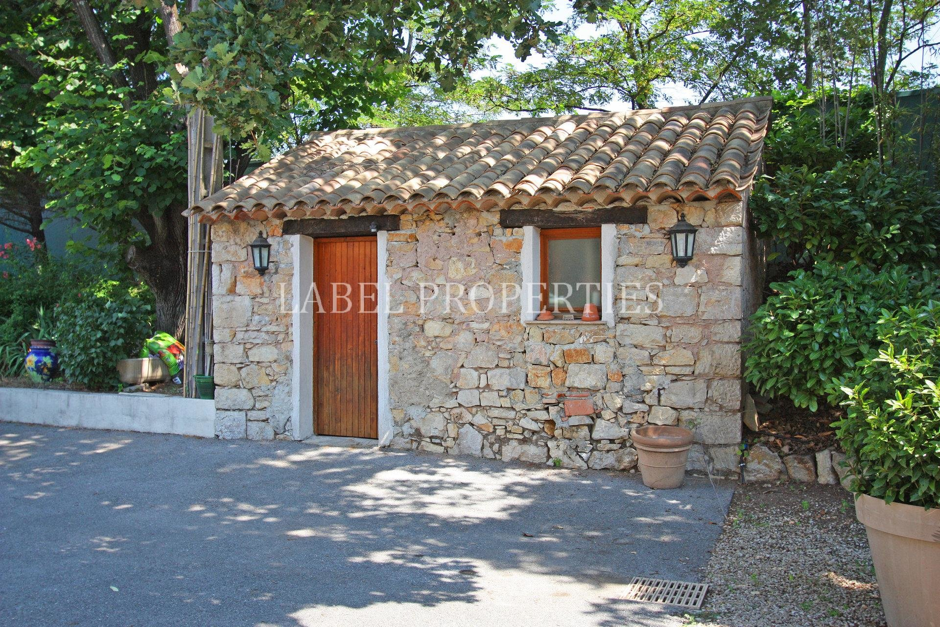 Mougins, recent Bastide to sold