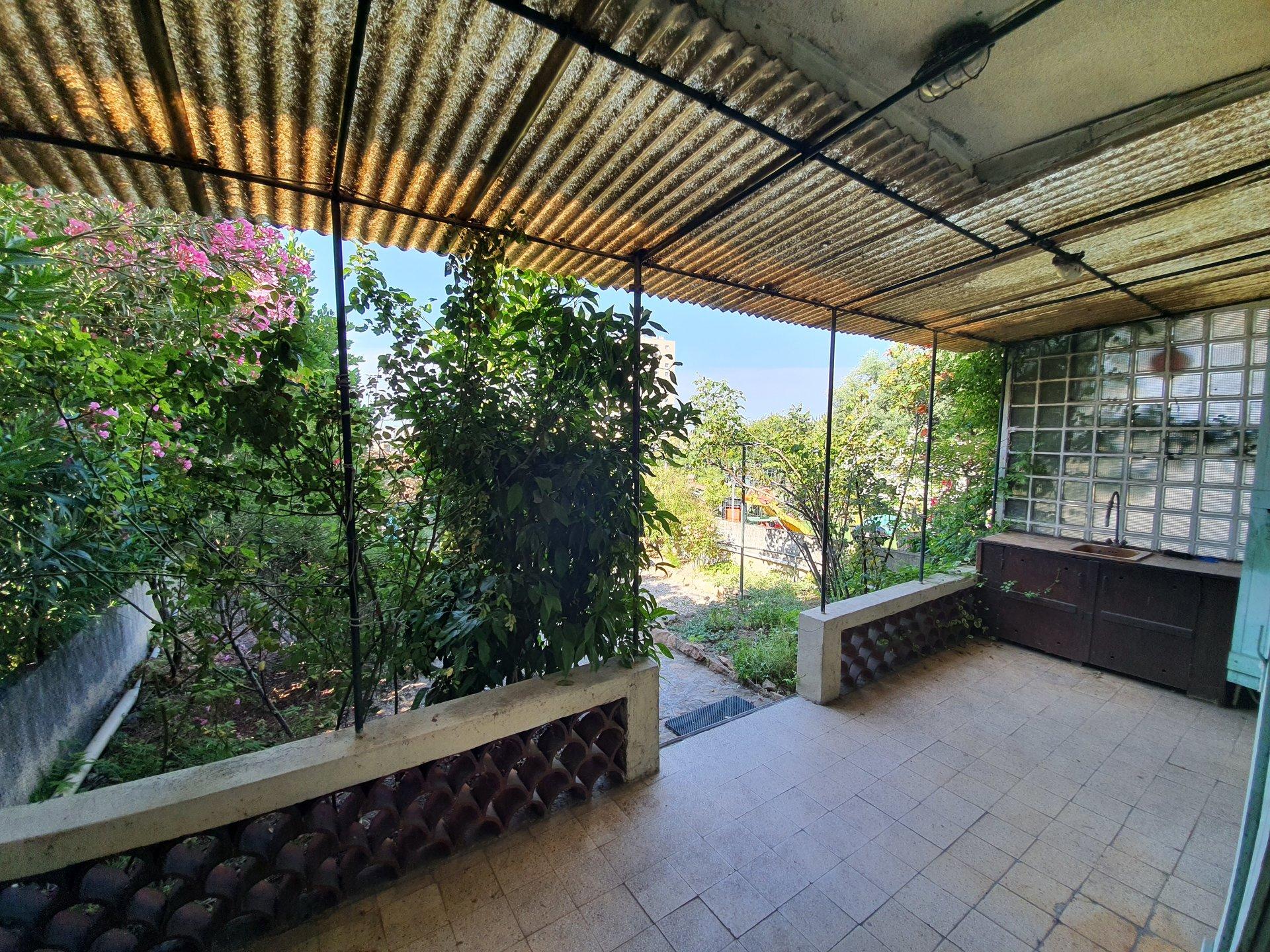Maison de T4 + Terrasse, Jardin et Garage