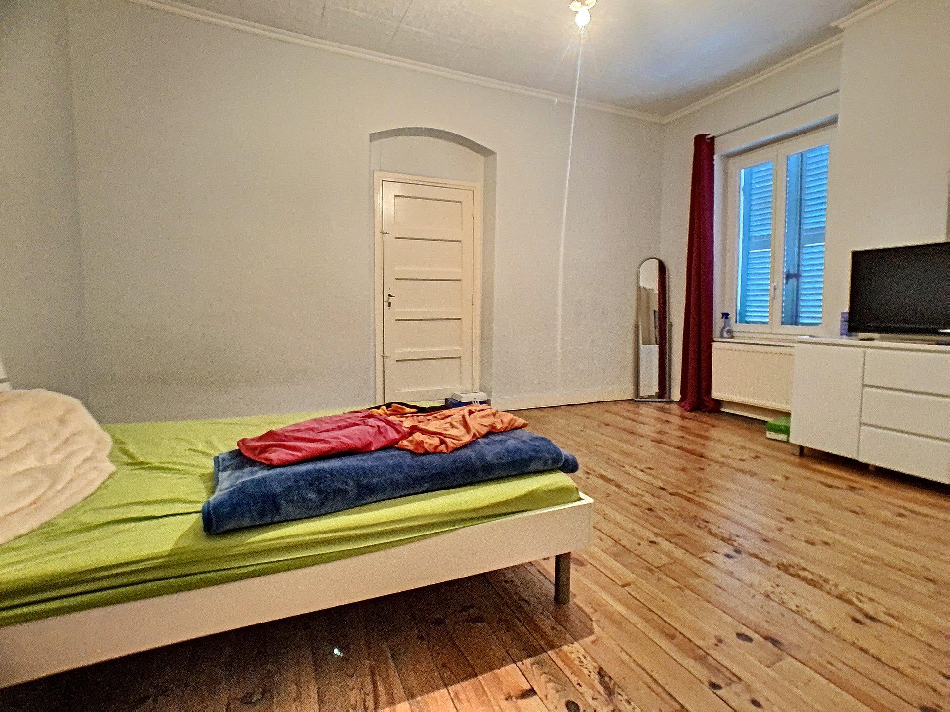Maison et appartement .