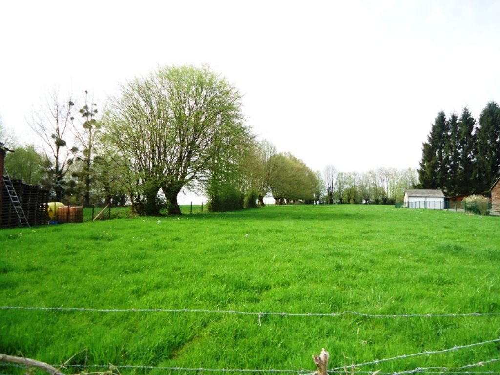 CLAIRFONTAINE terrain de 1751 m²