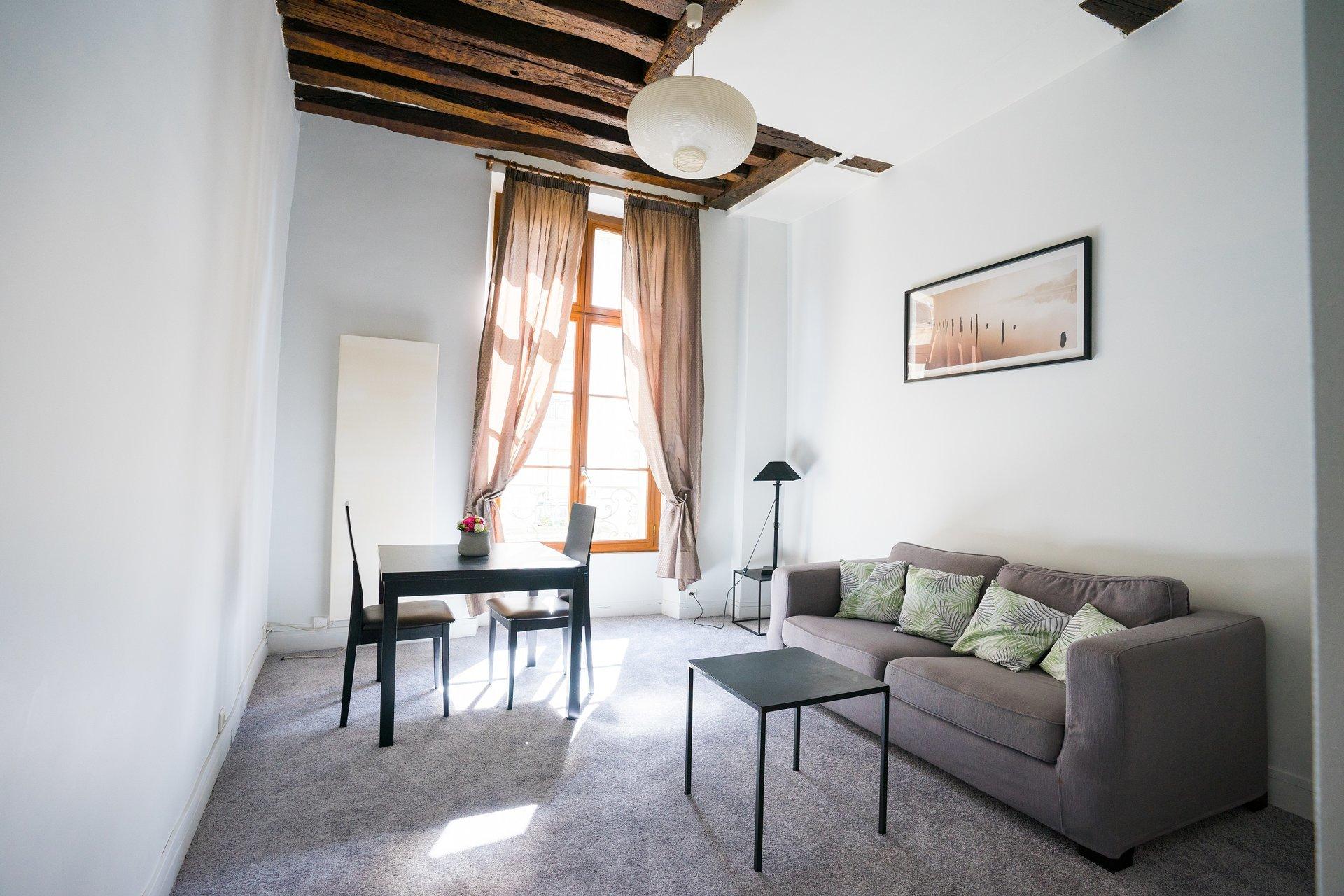 Sale Apartment - Paris 6th (Paris 6ème) Saint-Germain-des-Prés