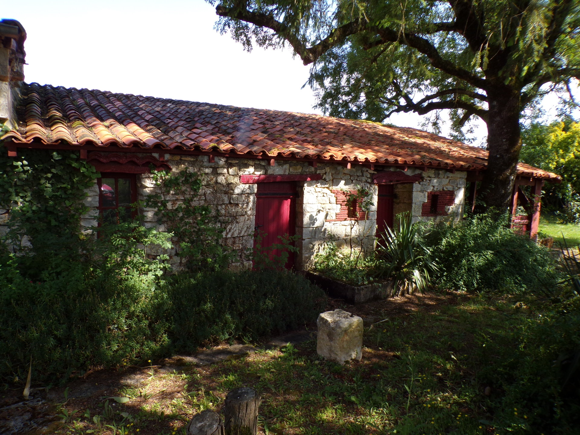 Character house in Verteuil sur Charente