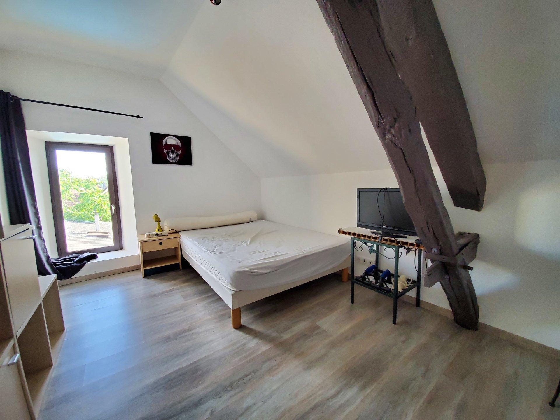 Sale Apartment - Villeneuve Sur Yonne