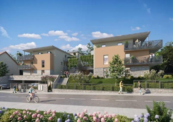 Appartement type 3 en rez-de-jardin, garage en sous-sol et parking privatif.
