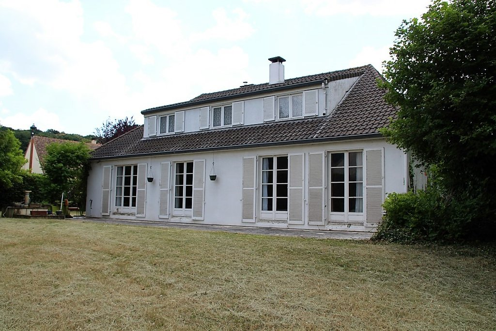 Sale House - Saint-Yon