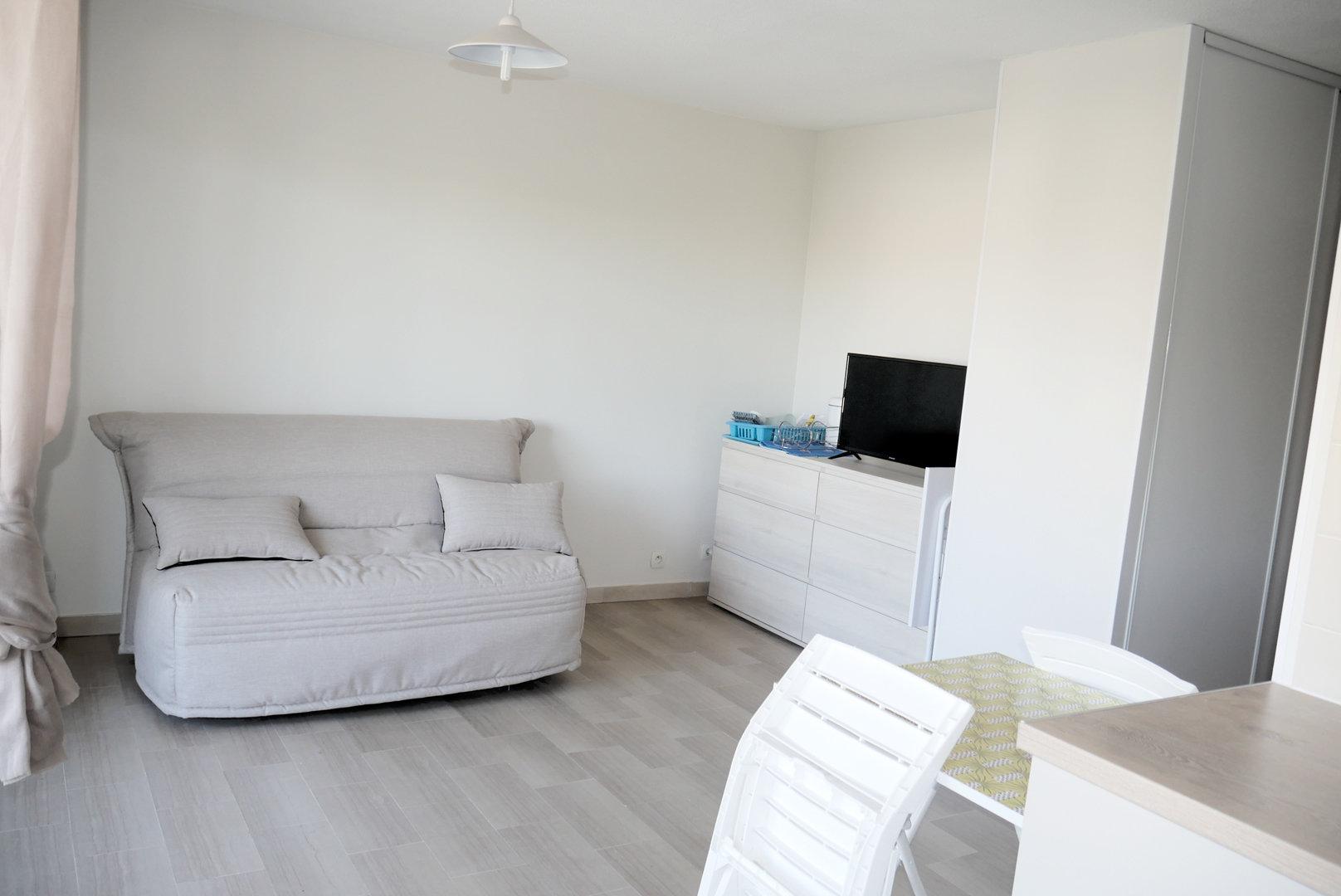 Studio meublé proche centre Fréjus
