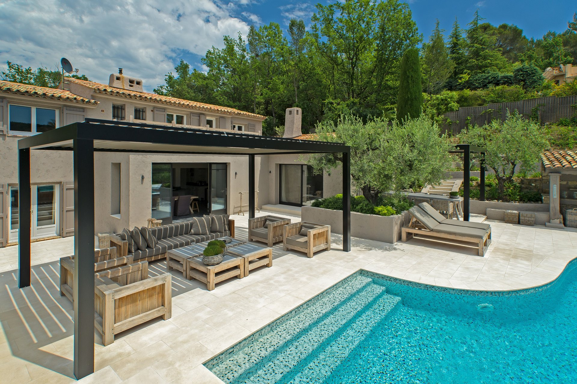 Luxury villa with swimming pool in residential domain