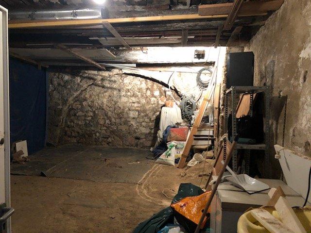 Cave - 4 Rue Malonat - Vieux Nice