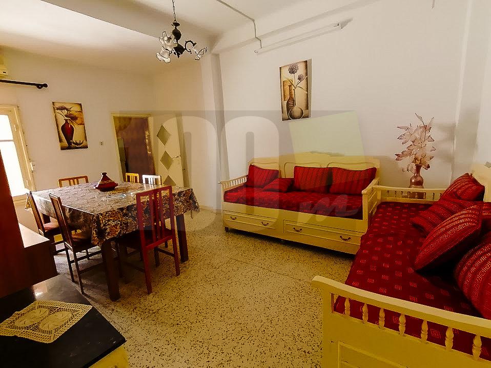 Location d'un rez de chaussée de villa prés de la Plage à la Marsa Corniche