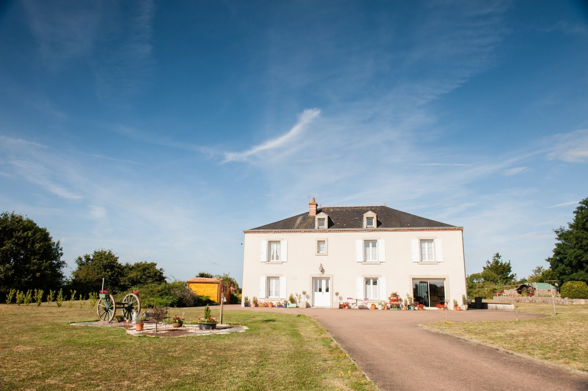 Sale House Faye-l'Abbesse