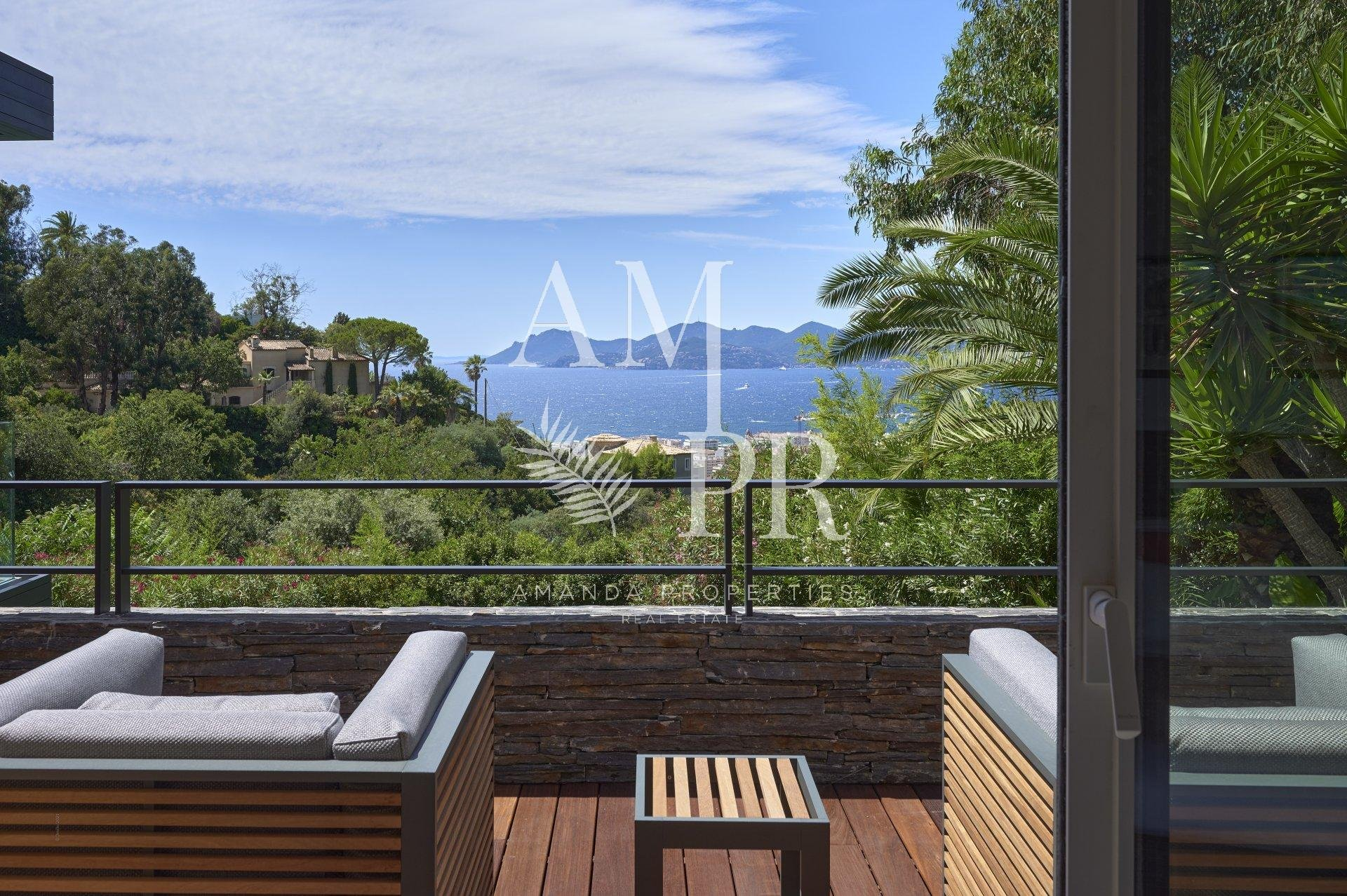 Panoramic sea view - Cannes