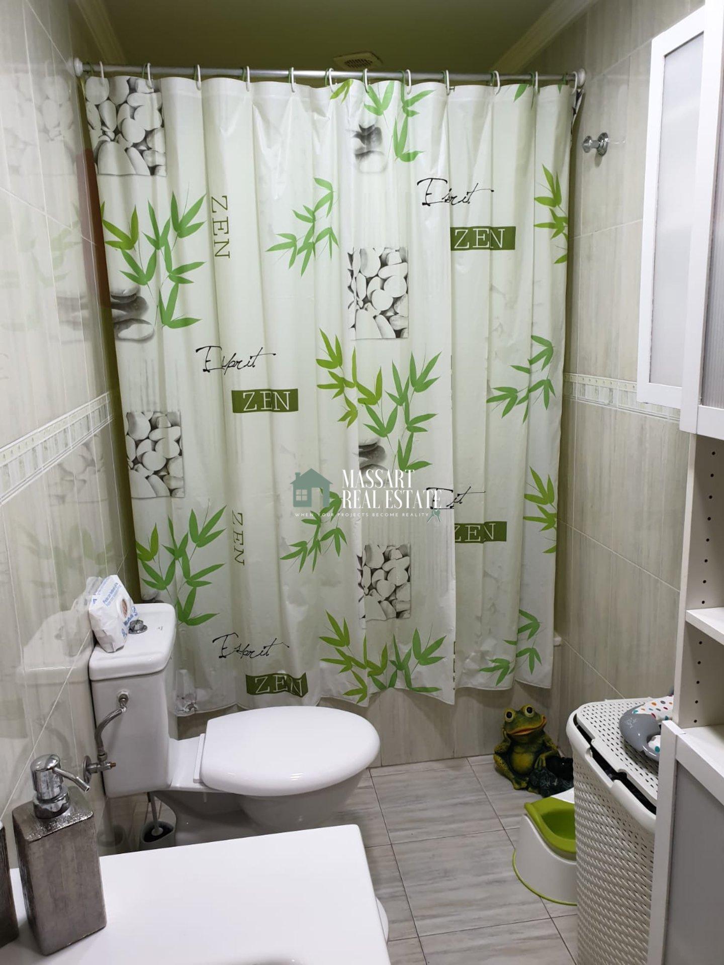 Appartamento di 80 m2 completamente arredato situato in una zona centrale di San Isidro.