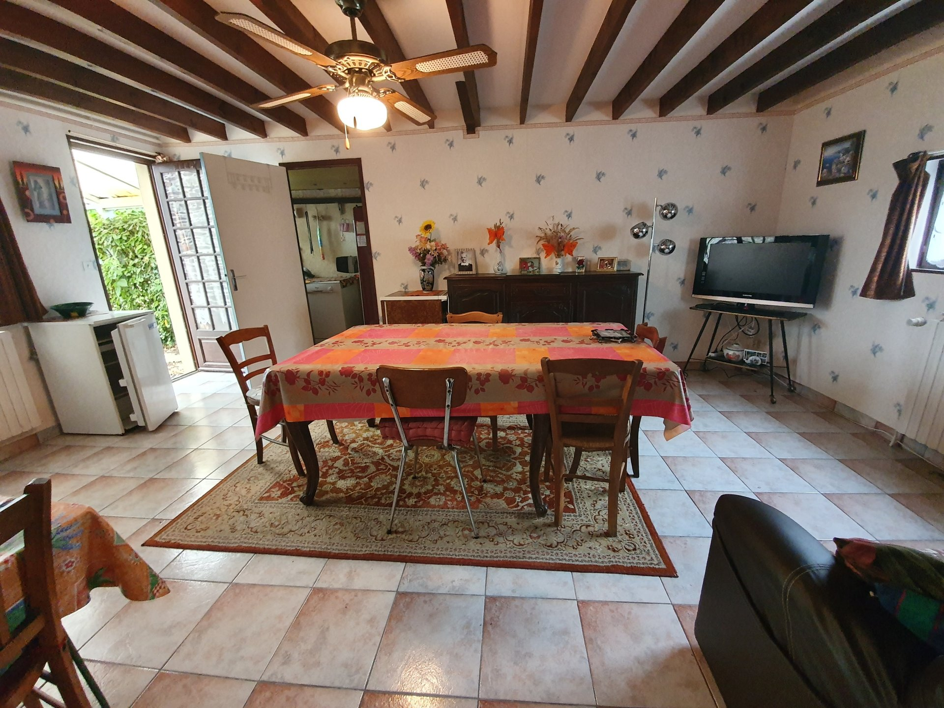 Maison indépendante de 120 m² avec dépendances-terrain 900m²ces