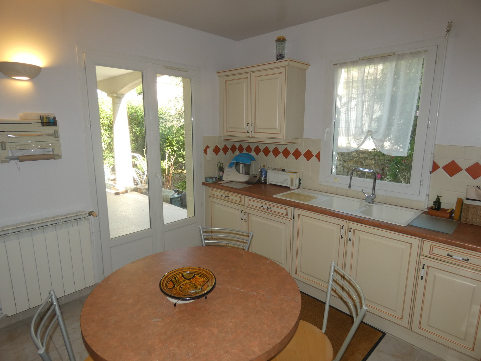 Sale Apartment - Bagnols-sur-Cèze