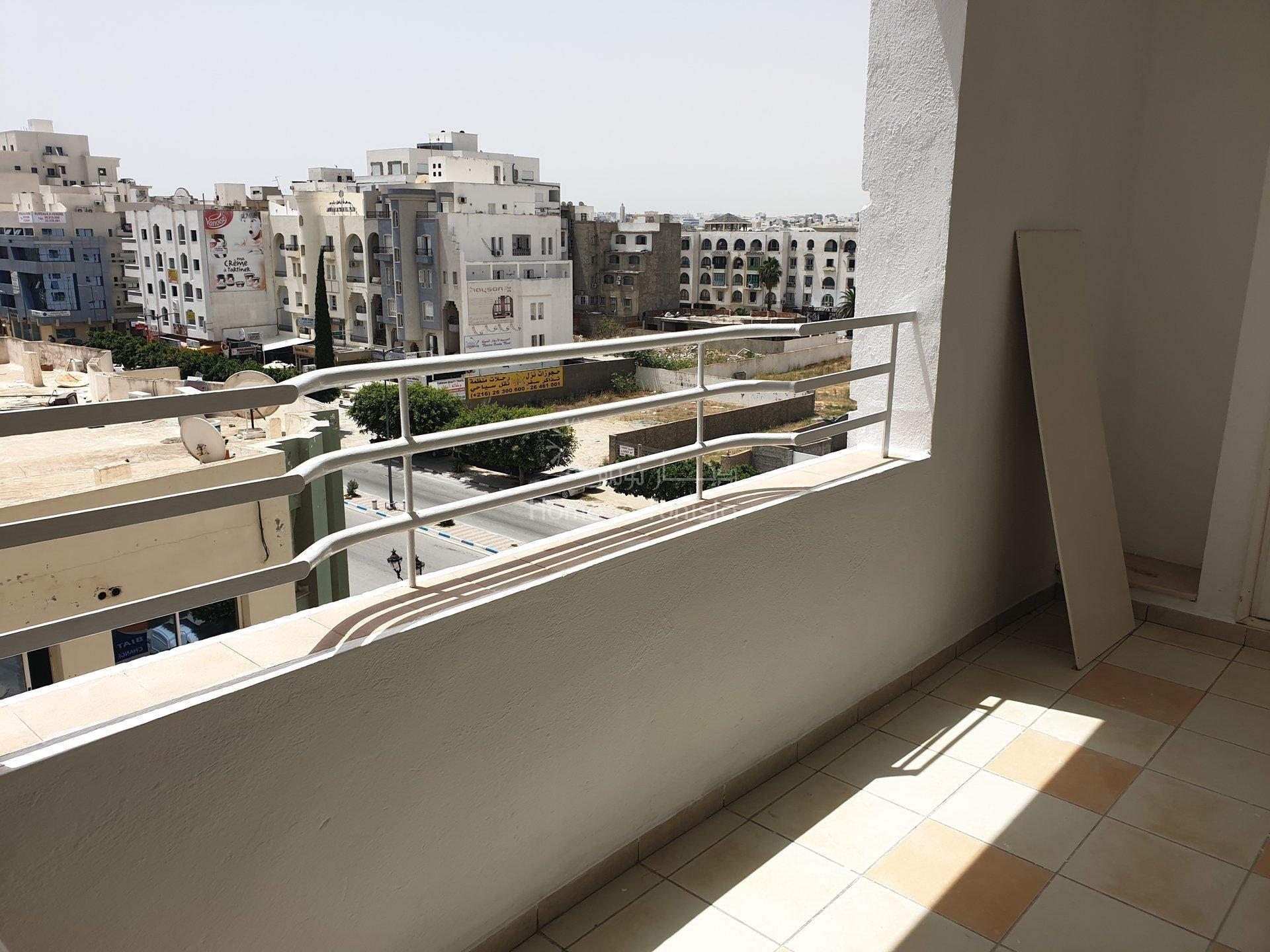 trés spacieux appartement