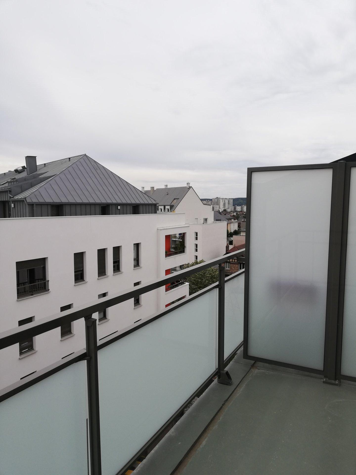 ROUEN QUARTIER SAINT CLEMENT - F4 avec terrasse