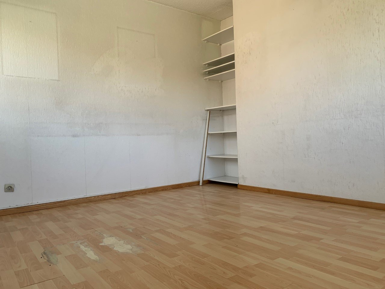 LOCATION PURE - SAINT LAURENT DU VAR -40 m²