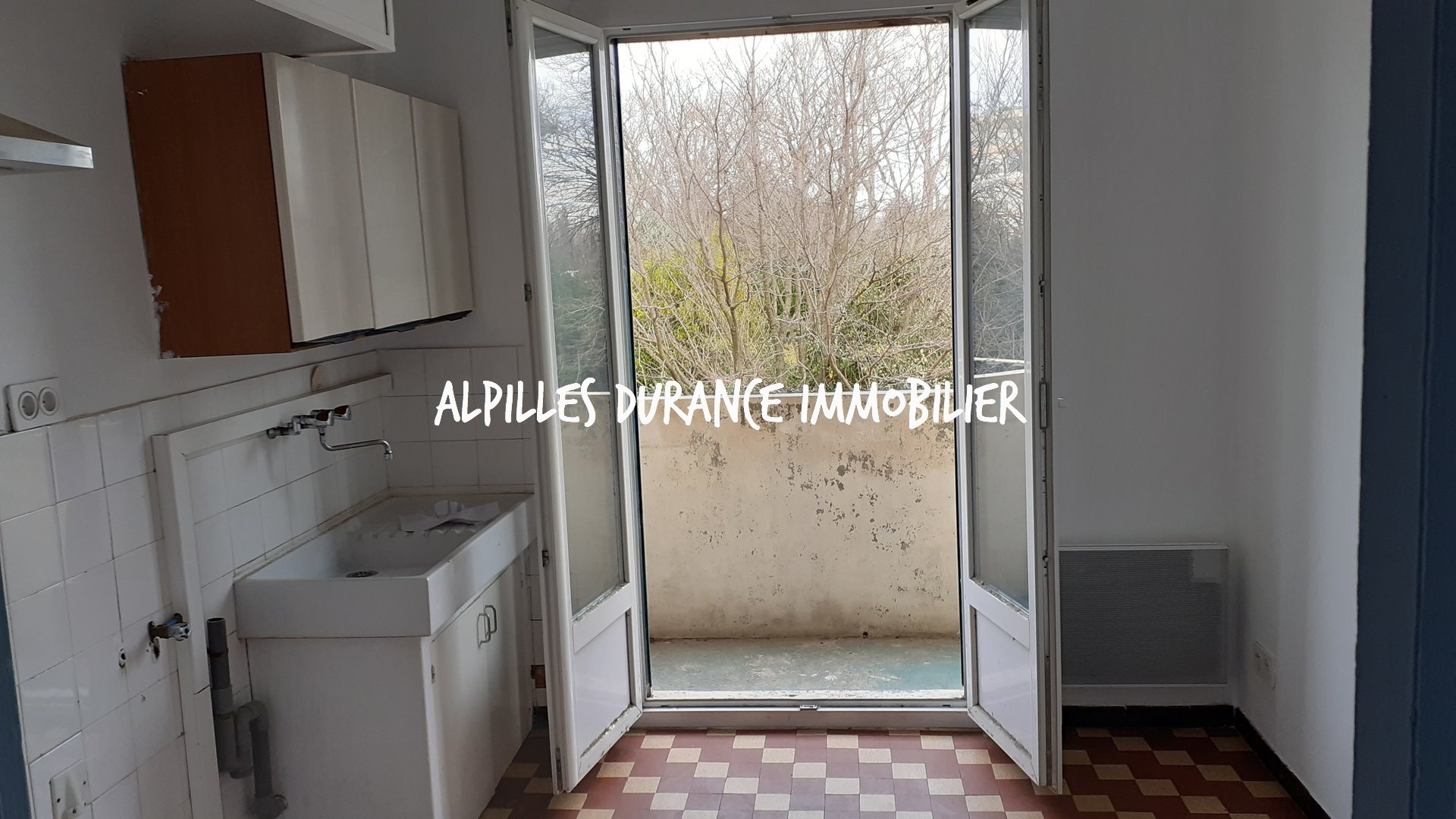 AVIGNON APPARTEMENT WITH TERRACE