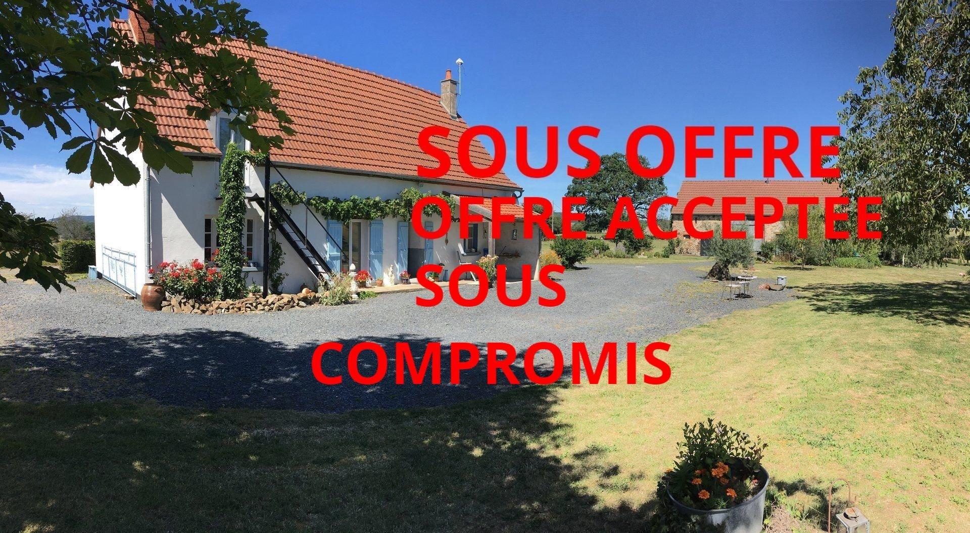 Haus + Gîte mit Rundum-Panoramablick zum Verkauf im Burgund