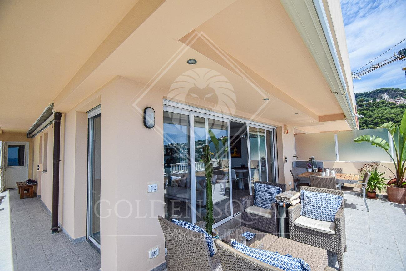 GOLFE BLEU - 2 BEDROOM - AMAZING SEAVIEW