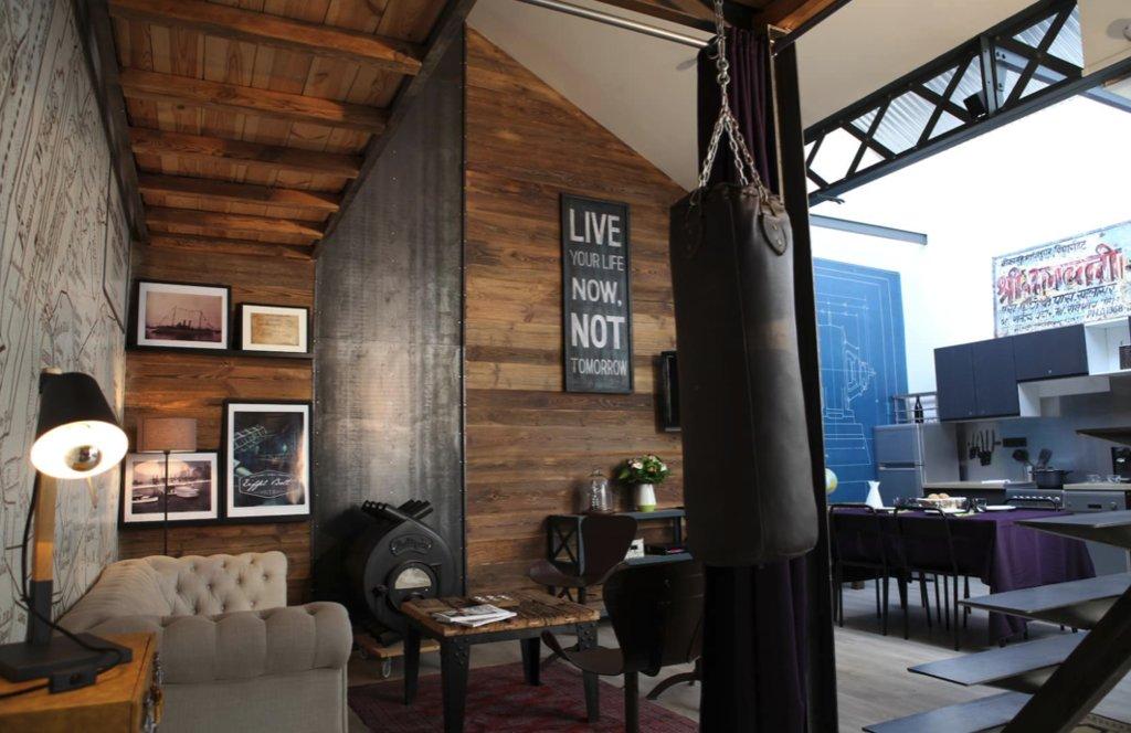 Charbonnière, Loft 63 m2 avec une terrasse dans un bâtiment mythique