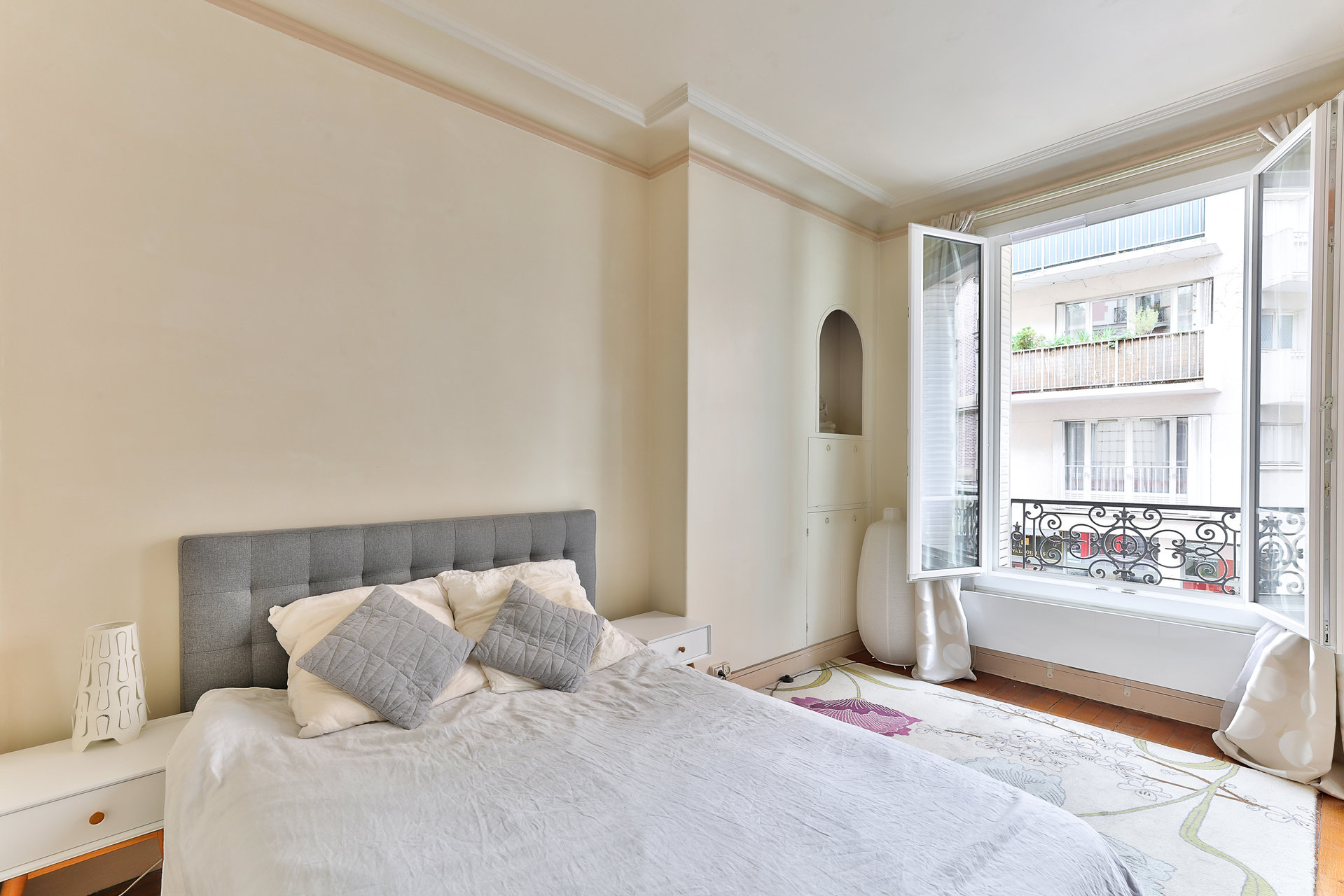 APPARTEMENT 3 PIECES CENTRE-VILLE EGLISE SAINT JUSTIN