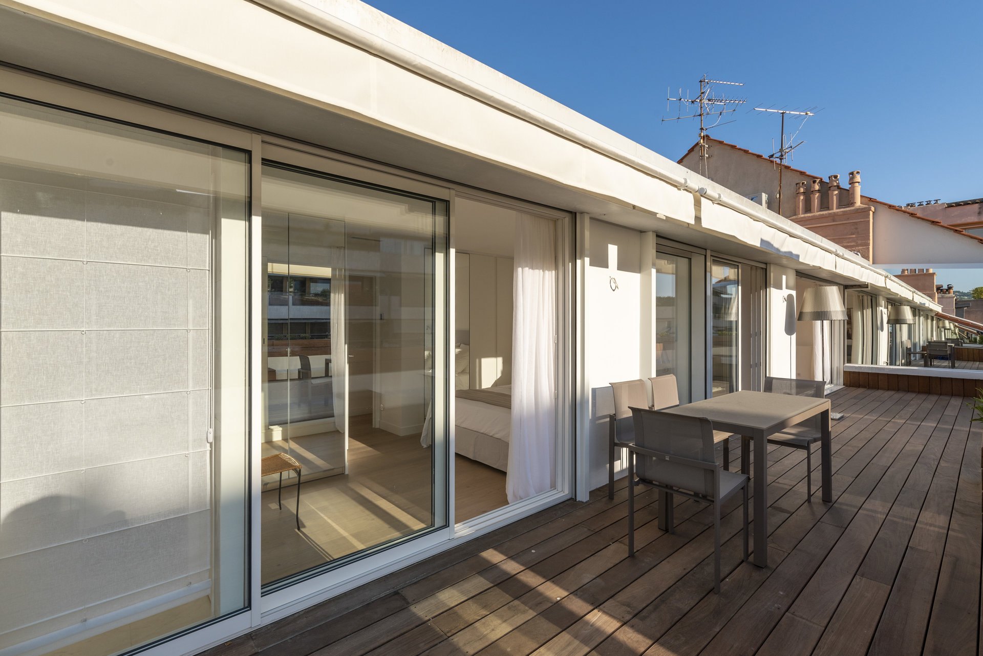 CANNES Arrière Croisette - Renovated penthouse for sale by CANNES AGENCY