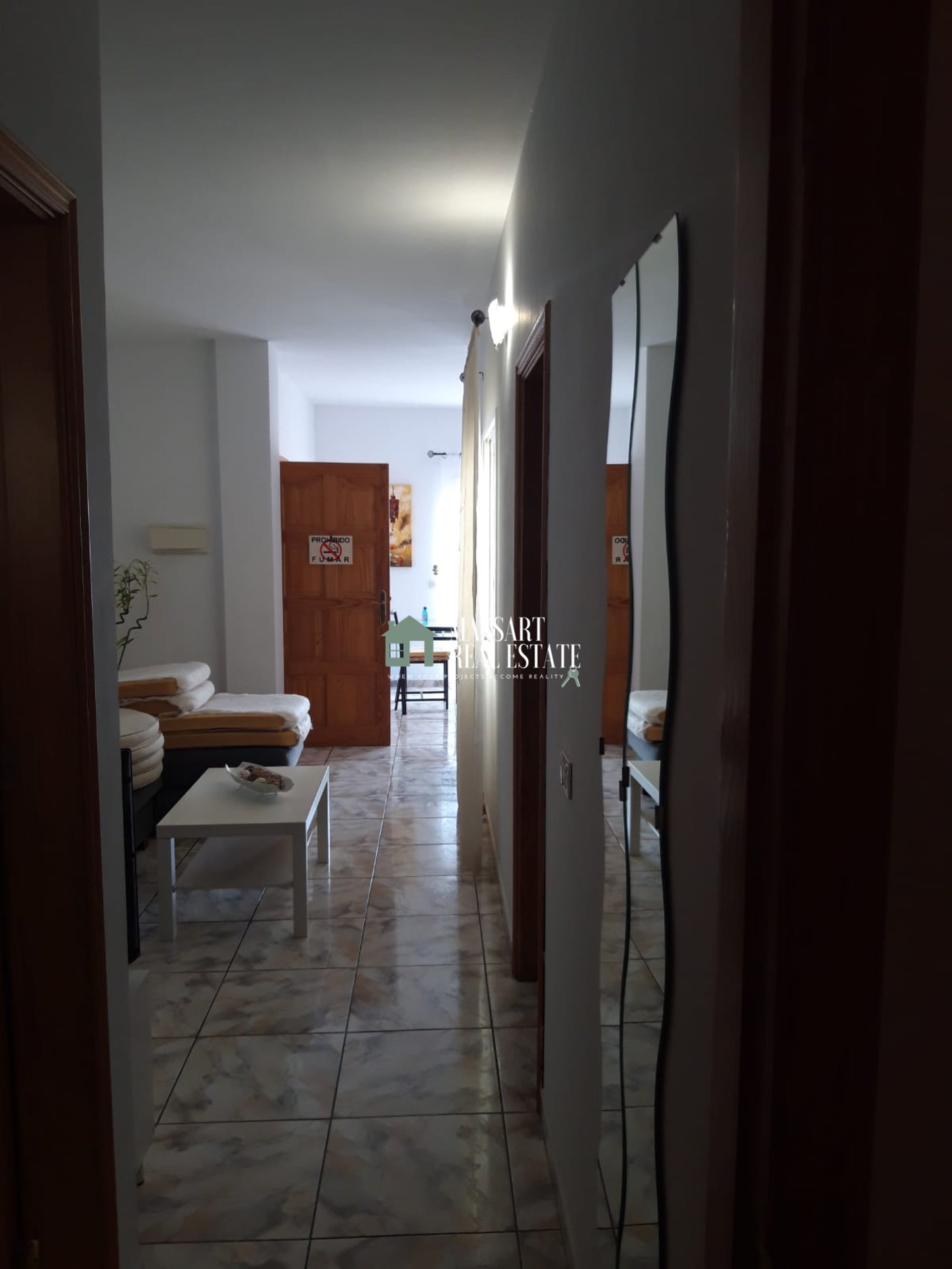 For rent in Armeñime, furnished apartment characterized by offering panoramic and privileged views of the sea and the island of La Gomera.