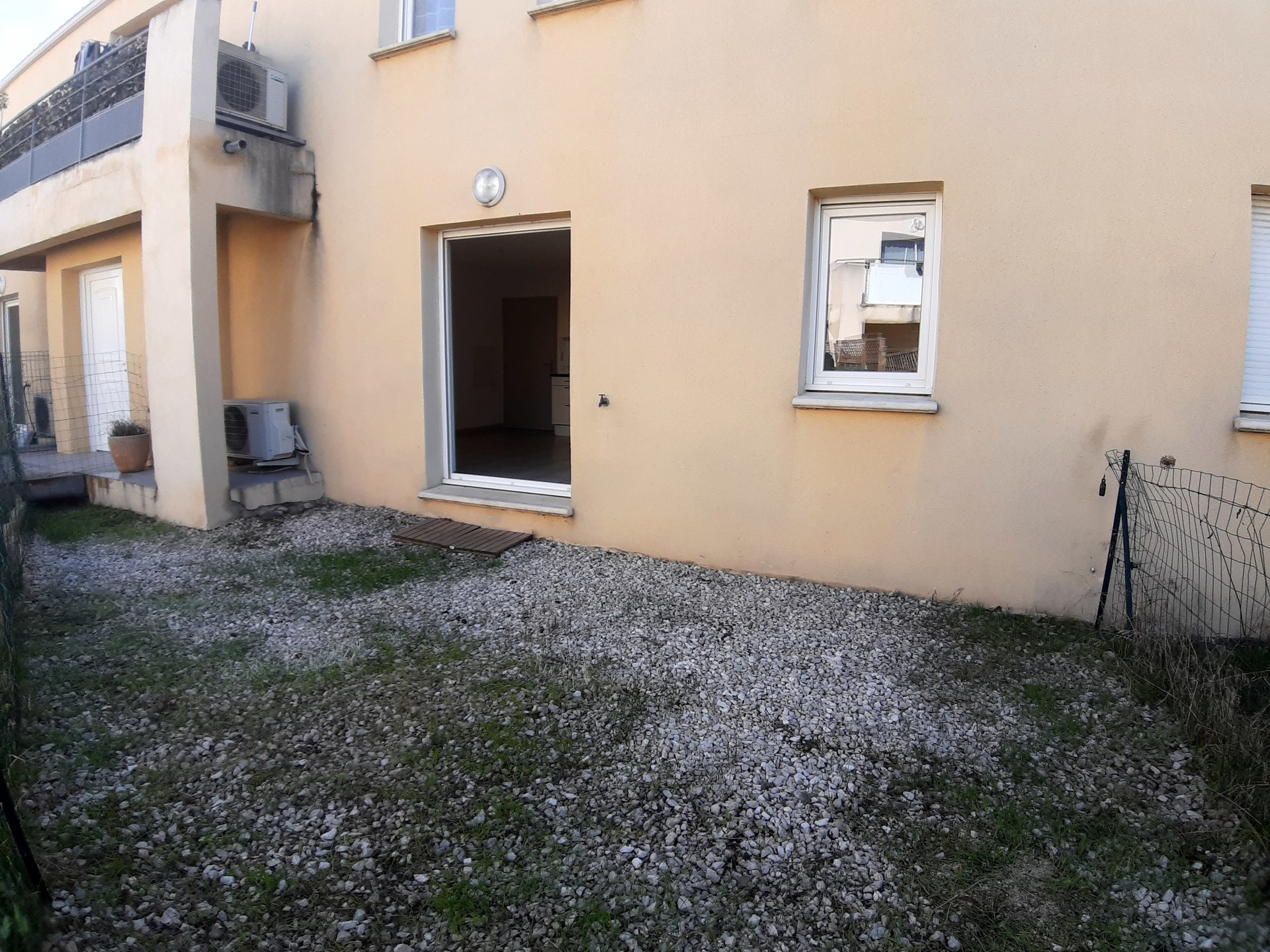 Appartement T2 en rez  de jardin