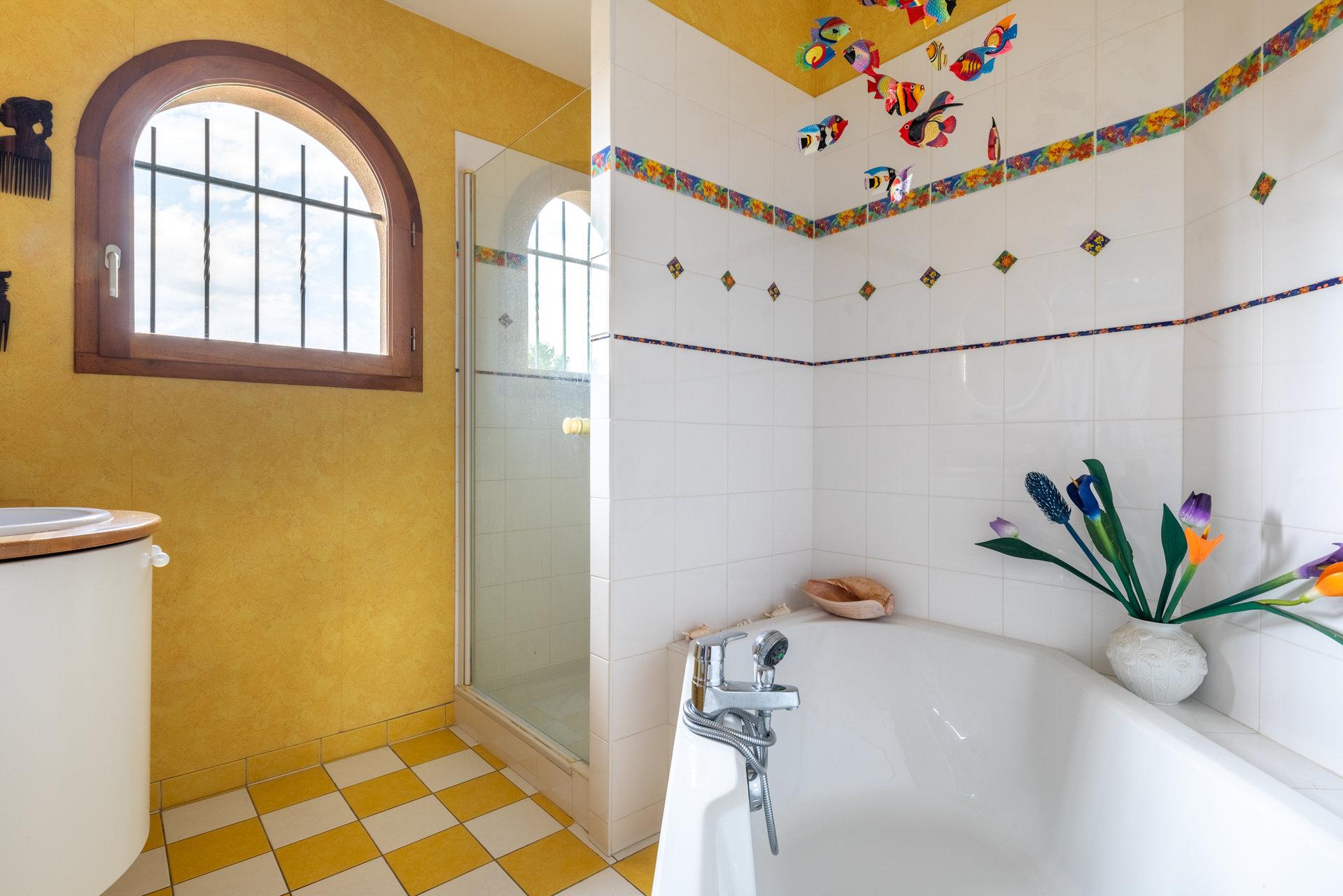 Belle villa de 147 m²  avec piscine à Chasselay (69380)
