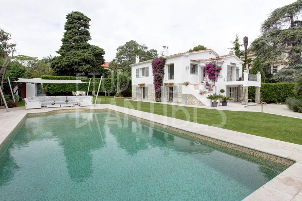 Cap d'Antibes -Beautiful villa for rent